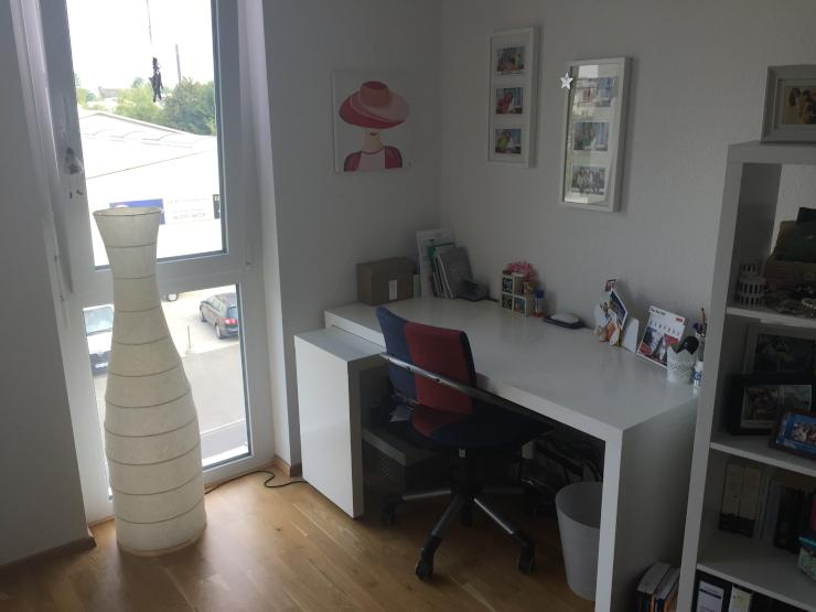 wundersch ne neubau 1 zimmer wohnung mit balkon loggia in petershausen 1 zimmer wohnung in. Black Bedroom Furniture Sets. Home Design Ideas