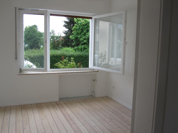 sch n wohnen in schildesche mitte wohnung in bielefeld schildesche. Black Bedroom Furniture Sets. Home Design Ideas
