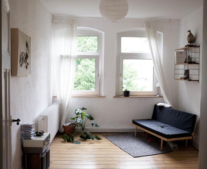 sonnige 3 zimmer altbauwohnung im westlichen ringgebiet wohnung in braunschweig innenstadt. Black Bedroom Furniture Sets. Home Design Ideas