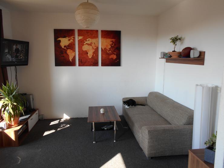 nachmieter f r helle 3 raum wohnung mit sch nem s dbalkon gesucht wohnung in cottbus str bitz. Black Bedroom Furniture Sets. Home Design Ideas