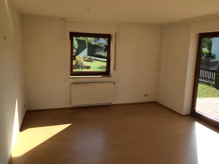 ruhige 2 zimmer wohnung wohnung in erlangen r ttenbach. Black Bedroom Furniture Sets. Home Design Ideas