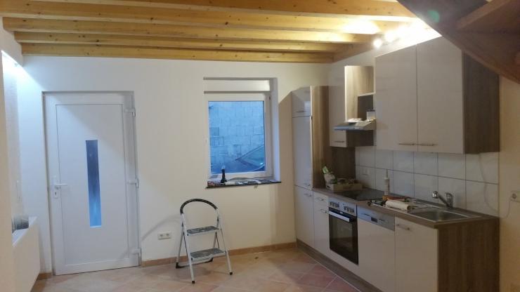 sch ne 3 zimmer wohnung haus ber 3 etagen mit ausblick wohnung in bingen dromersheim. Black Bedroom Furniture Sets. Home Design Ideas