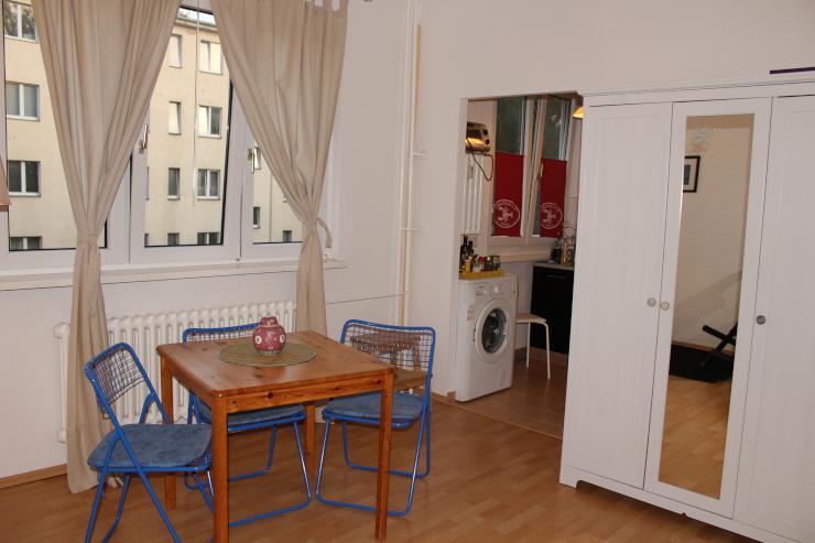 weigandufer 1 zimmer wohnung mitten im kiez wohnung in berlin neuk lln. Black Bedroom Furniture Sets. Home Design Ideas