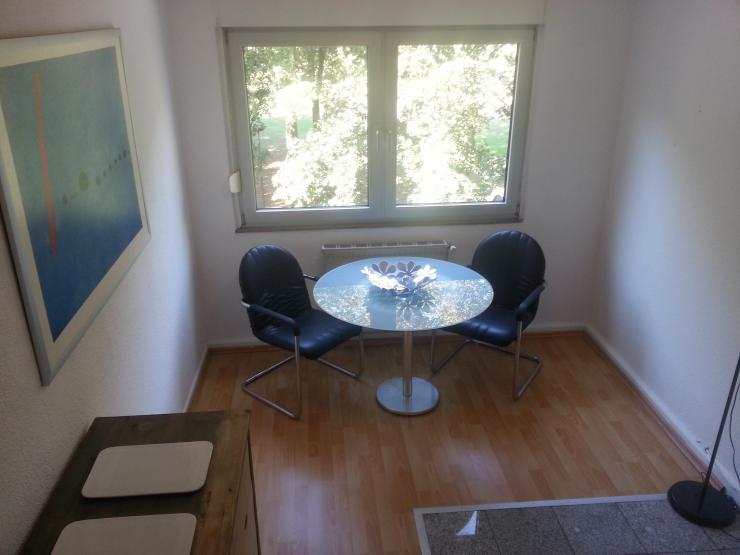 helle zentrale 2 zimmer wohnung am park balkon wg geeignet frisch renoviert wohnung in k ln. Black Bedroom Furniture Sets. Home Design Ideas