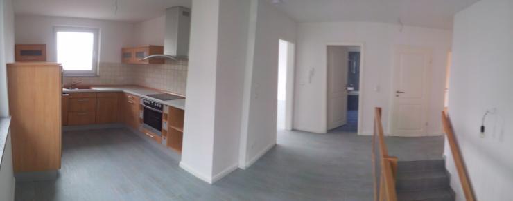 sonnige 3 zimmer wohnung im oberen kernbergviertel zu vermieten k che kaminofen 2 balkone. Black Bedroom Furniture Sets. Home Design Ideas
