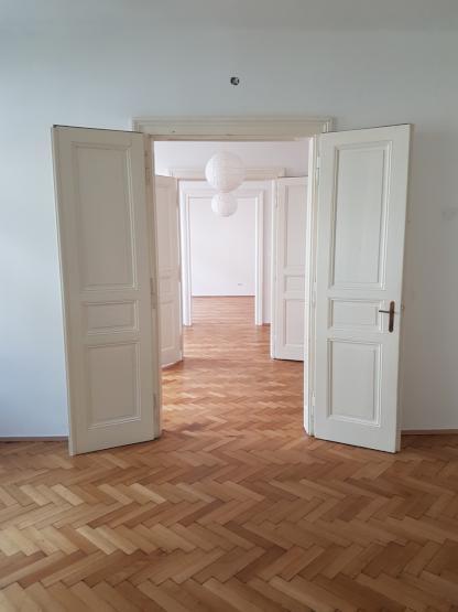 15m2 zimmer in renovierter altbauwohnung in alturfahr wg suche linz urfahr. Black Bedroom Furniture Sets. Home Design Ideas