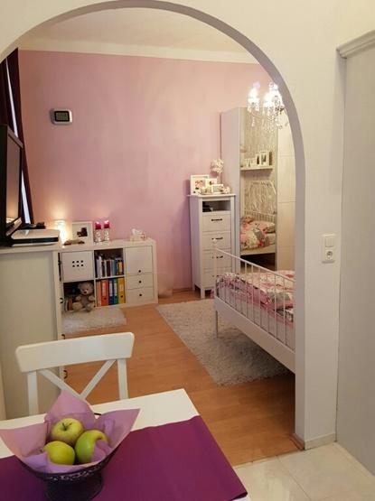 wundersch ne 31 m wohnung abzugeben k che alle m bel sind zu bernehmen abl se 1700. Black Bedroom Furniture Sets. Home Design Ideas