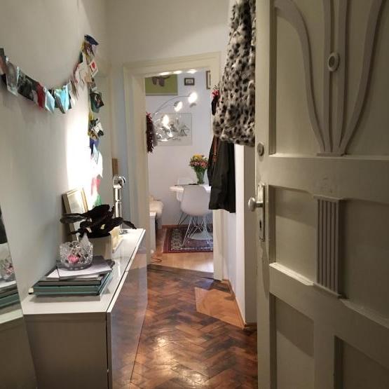 kleine altbauwohnung tageweise zu vemieten wohnung in m nchen schwabing west. Black Bedroom Furniture Sets. Home Design Ideas