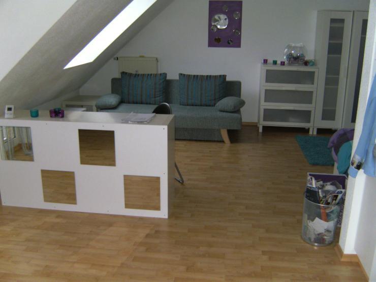 uninahe 40 qm dachgeschosswohnung im storchennest 1 zimmer wohnung in bayreuth oberkonnersreuth. Black Bedroom Furniture Sets. Home Design Ideas