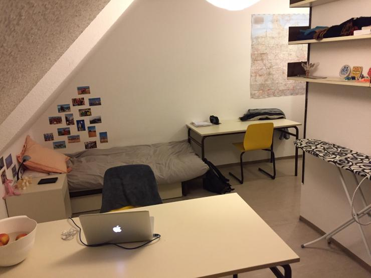 m bliert studenten wohnung in erlangen innenstadt wohnung in erlangen innenstadt. Black Bedroom Furniture Sets. Home Design Ideas