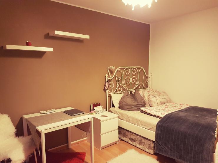 sehr sch ne wohnung zur untermiete ber silvester 1 zimmer wohnung in m nchen bogenhausen. Black Bedroom Furniture Sets. Home Design Ideas