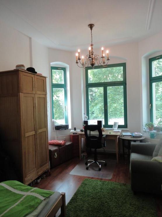 m bliertes k nigszimmer sucht neuen regenten wg zimmer in dresden neustadt. Black Bedroom Furniture Sets. Home Design Ideas