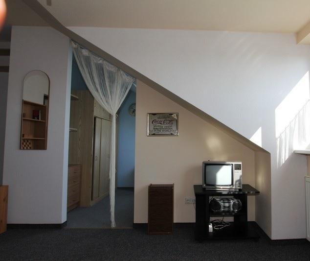 m blierte sch ne 2 zimmerwohnung mit ausblick zum moritzberg wohnung in n rnberg hasenbuck. Black Bedroom Furniture Sets. Home Design Ideas