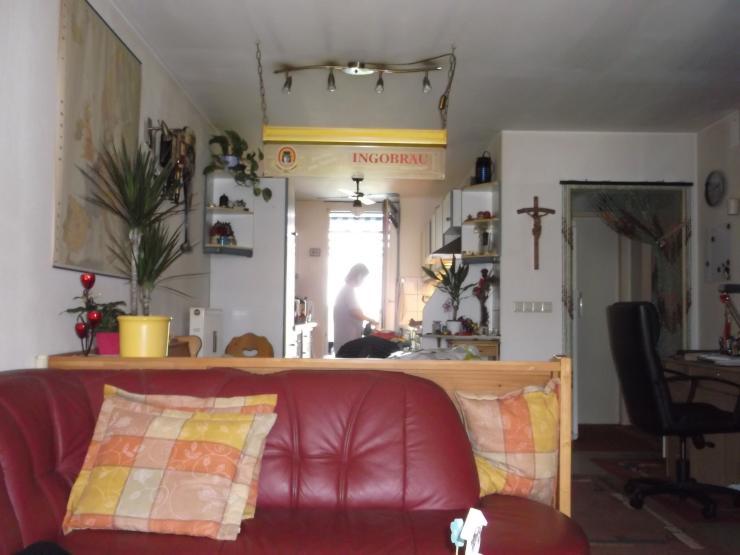 sch nes wohnen wg zimmer ingolstadt m bliert ingolstadt. Black Bedroom Furniture Sets. Home Design Ideas