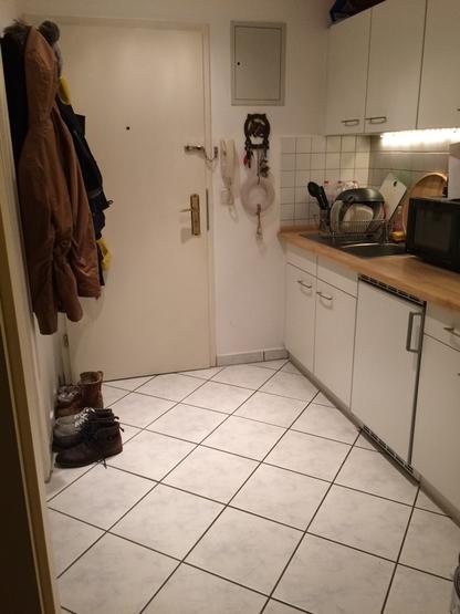 sch ne kleine einzimmerwohnung in gro buchholz n he mhh. Black Bedroom Furniture Sets. Home Design Ideas