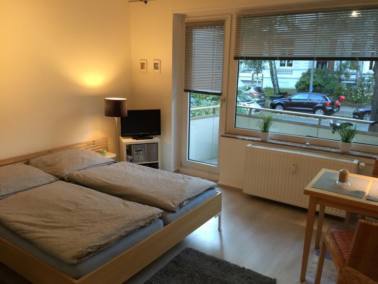 1 zimmer wohnung mit balkon in hohenfelde alstern he 1 zimmer wohnung in hamburg hohenfelde. Black Bedroom Furniture Sets. Home Design Ideas