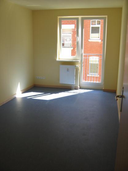 15m Zimmer In Toller 4er WG Zentraler Lage