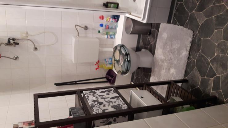 sch nes 20 quadratmeter gro es zimmer wg zimmer in. Black Bedroom Furniture Sets. Home Design Ideas