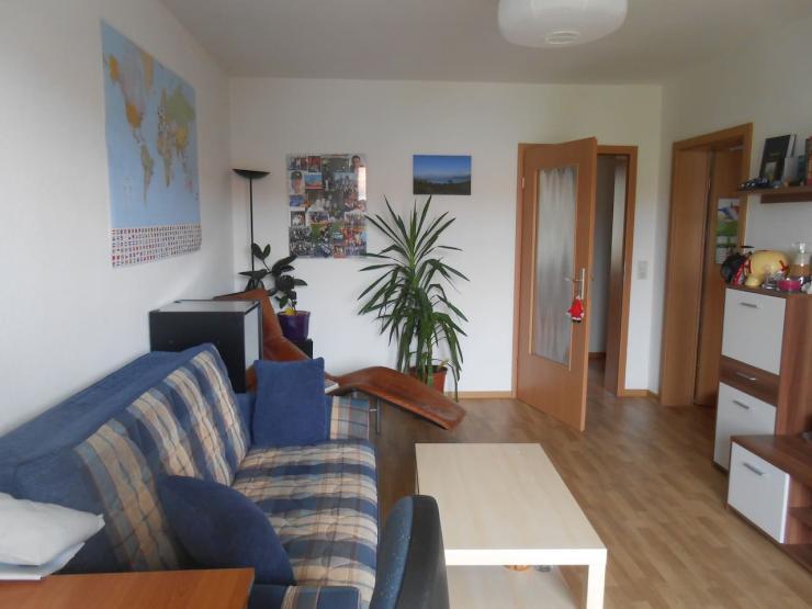 2 room apartement close to city centre wohnung in dresden striesen. Black Bedroom Furniture Sets. Home Design Ideas