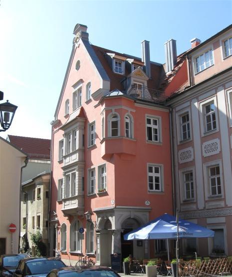 renoviertes altbau wg zimmer in der altstadt regensburgs 2er wg wg zimmer in regensburg. Black Bedroom Furniture Sets. Home Design Ideas