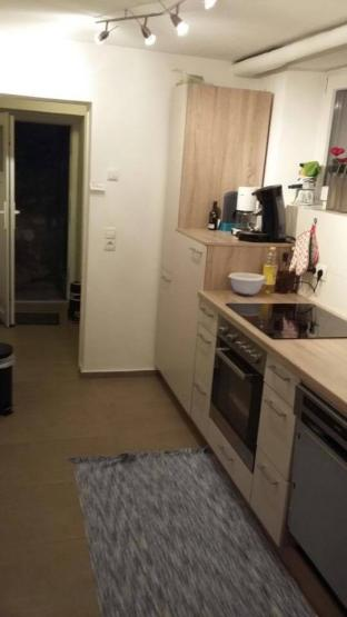 1 5 zimmer wohnung in guter lage 1 zimmer wohnung in w rzburg frauenland. Black Bedroom Furniture Sets. Home Design Ideas