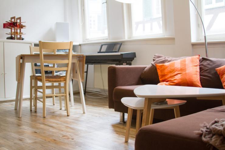 Möblierte 2 Zimmer Altbauwohnung In Tübingen Innenstadt