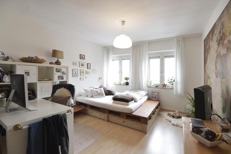 gem tliches wg zimmer in stuttgart bad cannstatt zimmer m bliert stuttgart bad cannstatt. Black Bedroom Furniture Sets. Home Design Ideas