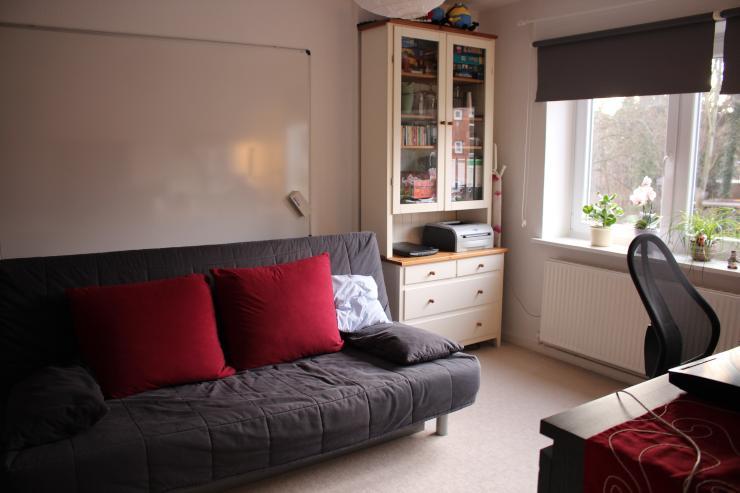 helle 2 zimmer wg in st j rgen unin he ideal f r eine wg wohnung in l beck st j rgen. Black Bedroom Furniture Sets. Home Design Ideas