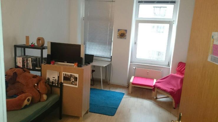 sch ne helle 2 zimmer wohnung mit gro er k che wohnung in magdeburg buckau. Black Bedroom Furniture Sets. Home Design Ideas