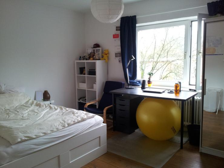 sch ne helle 3 zimmer altbauwohnung wohnung in l beck st j rgen. Black Bedroom Furniture Sets. Home Design Ideas