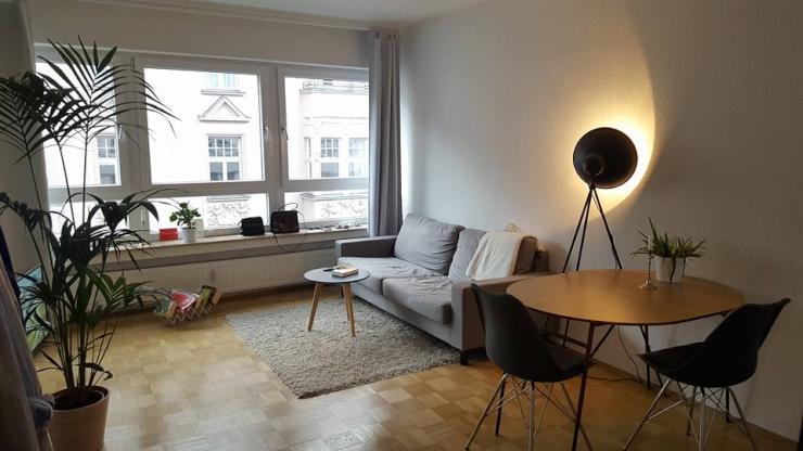 sch ne m blierte 1 zimmer wohnung mitten im belgischen. Black Bedroom Furniture Sets. Home Design Ideas