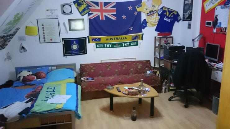 sonniges wg zimmer in wuppertal oberbarmen wgs in wuppertal barmen. Black Bedroom Furniture Sets. Home Design Ideas