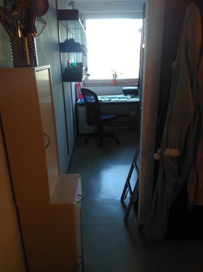 g nstige s e m blierte 1 zimmerwohnung 1 zimmer wohnung in mainz mainz. Black Bedroom Furniture Sets. Home Design Ideas