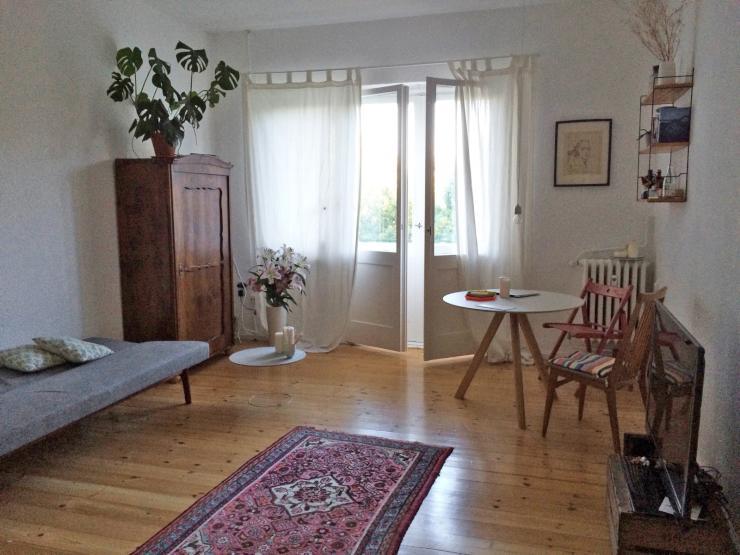 biete sch ne 3 zimmer wohnung zum tausch an swap only wohnung in berlin neuk lln. Black Bedroom Furniture Sets. Home Design Ideas