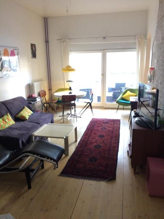 designer flat in the heart of prenzlauer berg 1 zimmer wohnung in berlin prenzlauer berg. Black Bedroom Furniture Sets. Home Design Ideas