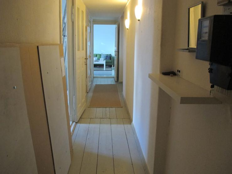 sch ne 1 5 zimmer wohnung in neuk lln 1 zimmer wohnung in berlin neuk lln. Black Bedroom Furniture Sets. Home Design Ideas