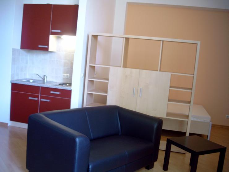 uni n he nordstadt m bliertes appartement 1 zimmer. Black Bedroom Furniture Sets. Home Design Ideas