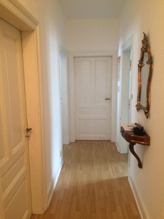 15qm zimmer in einer sch nen altbauwohnung zimmer frankfurt am main h chst. Black Bedroom Furniture Sets. Home Design Ideas