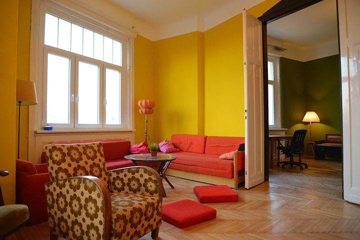 3 zimmer wohnung mit ausblick auf budapest wohnung in budapest viii. Black Bedroom Furniture Sets. Home Design Ideas