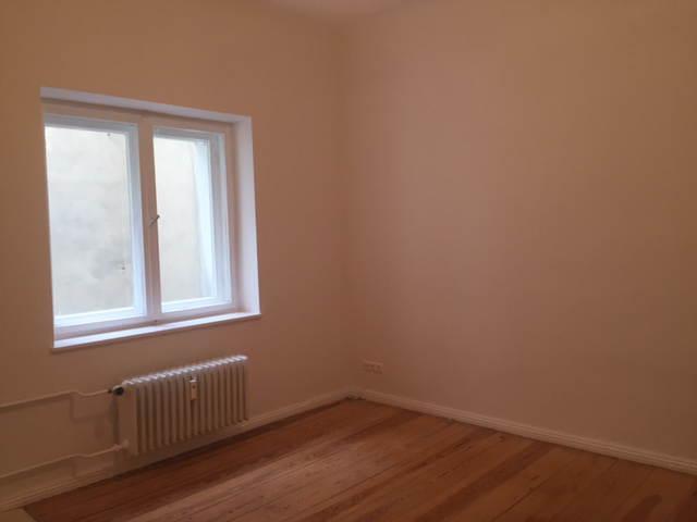 kleine gem tliche wohnung in moabiter altbau 1 zimmer wohnung in berlin moabit. Black Bedroom Furniture Sets. Home Design Ideas