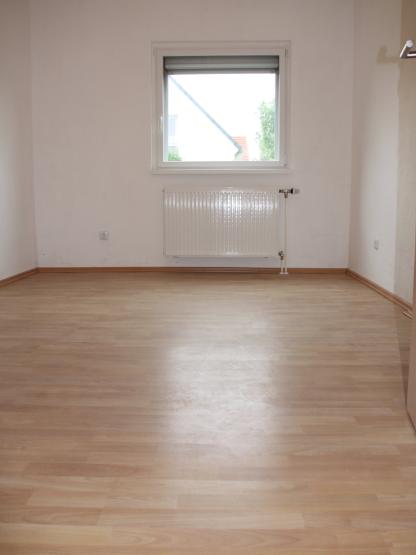 2 zimmer wohnungen k ln wohnungen angebote in k ln. Black Bedroom Furniture Sets. Home Design Ideas