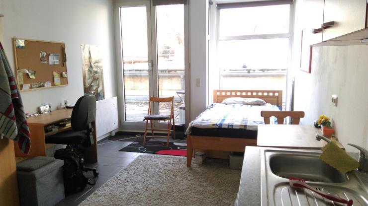 helles 1 zimmer appartement direkt neben der uni 1 zimmer wohnung in regensburg neupr ll. Black Bedroom Furniture Sets. Home Design Ideas