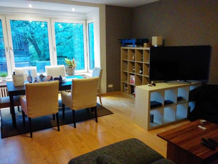 m bliertes 16m2 zimmer in netter 3er wg im sch nen. Black Bedroom Furniture Sets. Home Design Ideas