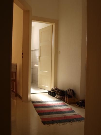 angenehme 2 zimmer wohnung in ruhigem mehrfamilienhaus wohnung in mannheim neckarstadt. Black Bedroom Furniture Sets. Home Design Ideas