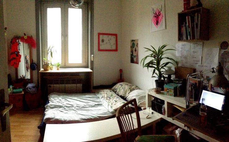 m bliertes 11qm zimmer im sch nen stuttgarter s den wohngemeinschaft in stuttgart s d. Black Bedroom Furniture Sets. Home Design Ideas