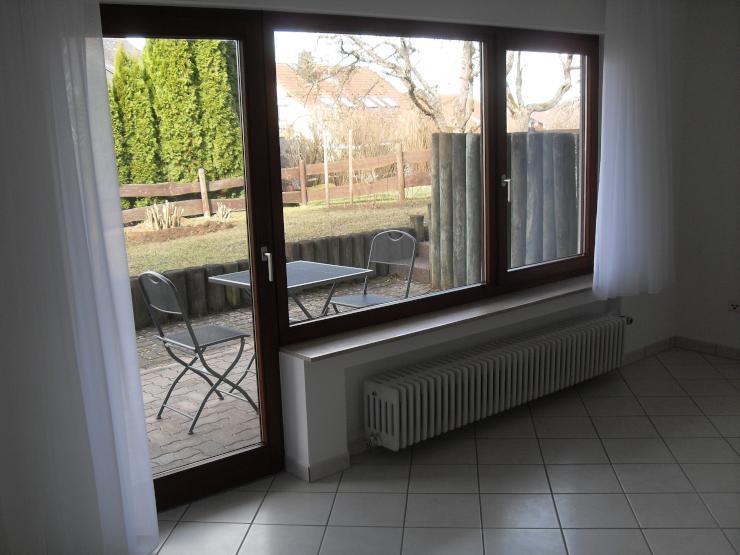 frickenhausen 1 zimmer wohnung mit einbauk che und terrasse 1 zimmer wohnung in n rtingen. Black Bedroom Furniture Sets. Home Design Ideas