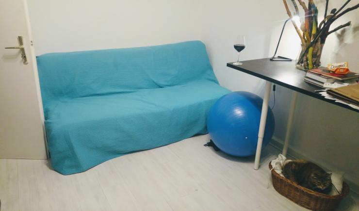 kostenlos wohnen gegen betreuung von 2 katzen zimmer. Black Bedroom Furniture Sets. Home Design Ideas