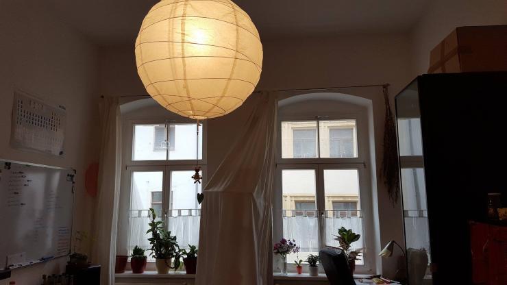 zu vermieten m bliertes 20 qm zimmer sehr hell zentrale lage m bliertes wg zimmer freiberg. Black Bedroom Furniture Sets. Home Design Ideas
