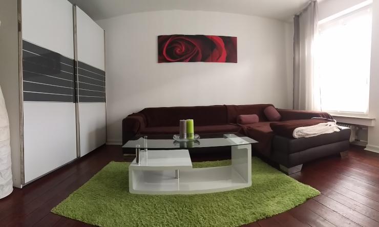 m blierte wohnung mitten im lebendigen stadtteil zollstock. Black Bedroom Furniture Sets. Home Design Ideas