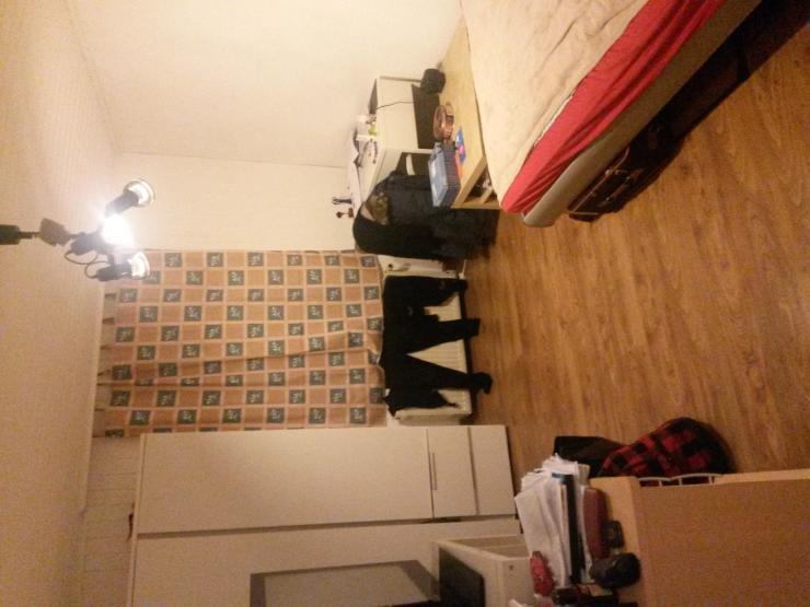 g nstiger 1 zimmer wohnung zur zwischenmiete 1 zimmer. Black Bedroom Furniture Sets. Home Design Ideas